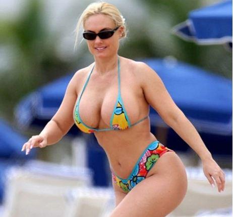 Croatia_President_Bikini_Kolinda_Coco