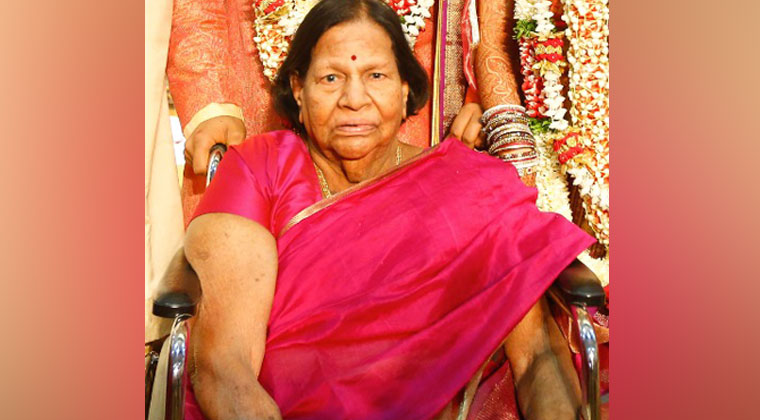 Mohan-Babu-Mother-Lakshmamma-Last-Rites-Photos