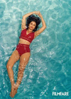 Parineeti Chopra Poses for Filmfare (1)