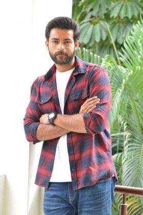 Actor Varun Tej Interview Photos (6)