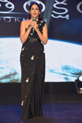 Lavanya Tripathi at Antariksham 9000 KMPH Movie Pre Release Event Photos (2)