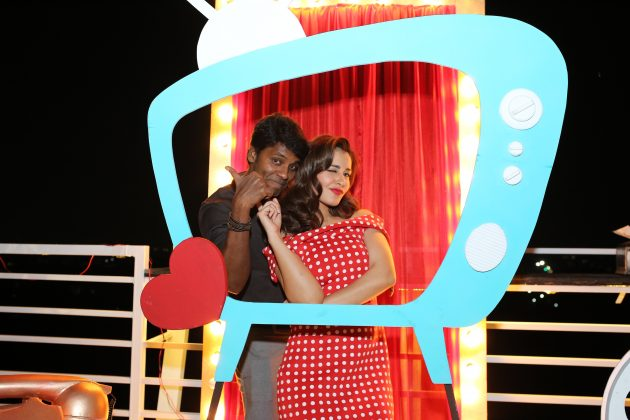 Rashi Khanna Birthday Photos