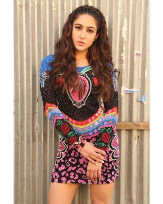Sara Ali Khan Tempting Stills (2)