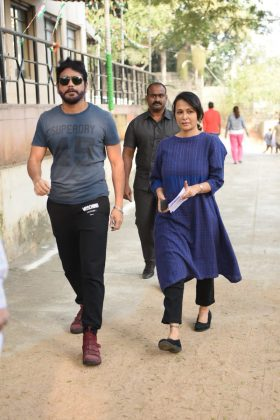 Tollywood Actors Casts His Vote Along With Family