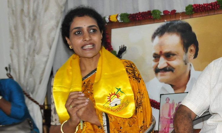 nandamuri suhasini to join trs