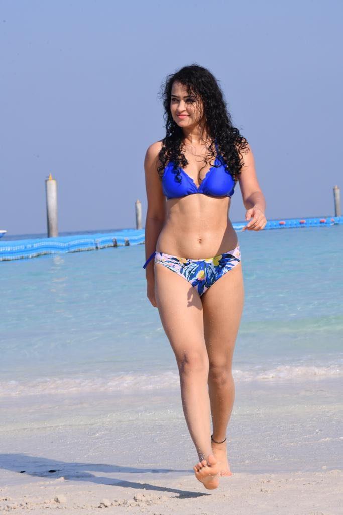 Anketa-Maharana-Bikini 4 letters movie