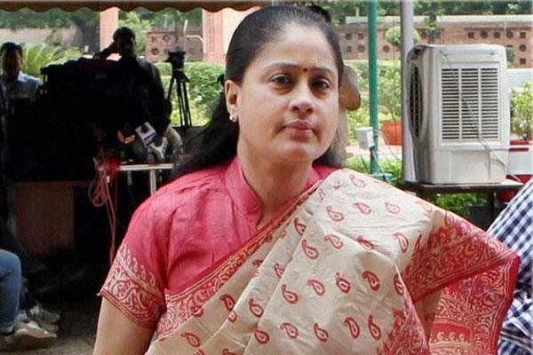 Vijaysanthi's tweets