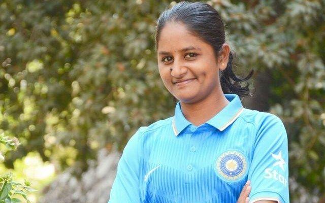 ravi kalpana women cricket team